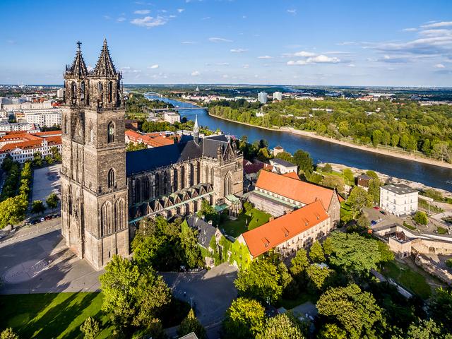 Blick auf Magdeburger Dom und Elbe © MMKT GmbH/Andreas Lander