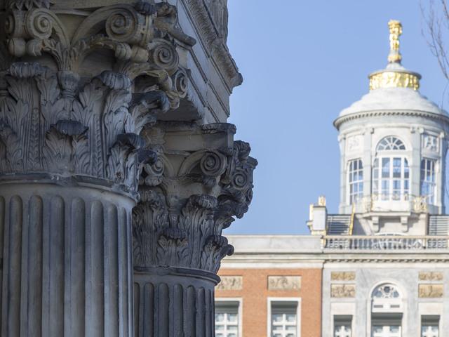 Säulen vor Kuppel des Marmorpalais, Foto: André Stiebitz, Lizenz: PMSG/ SPSG
